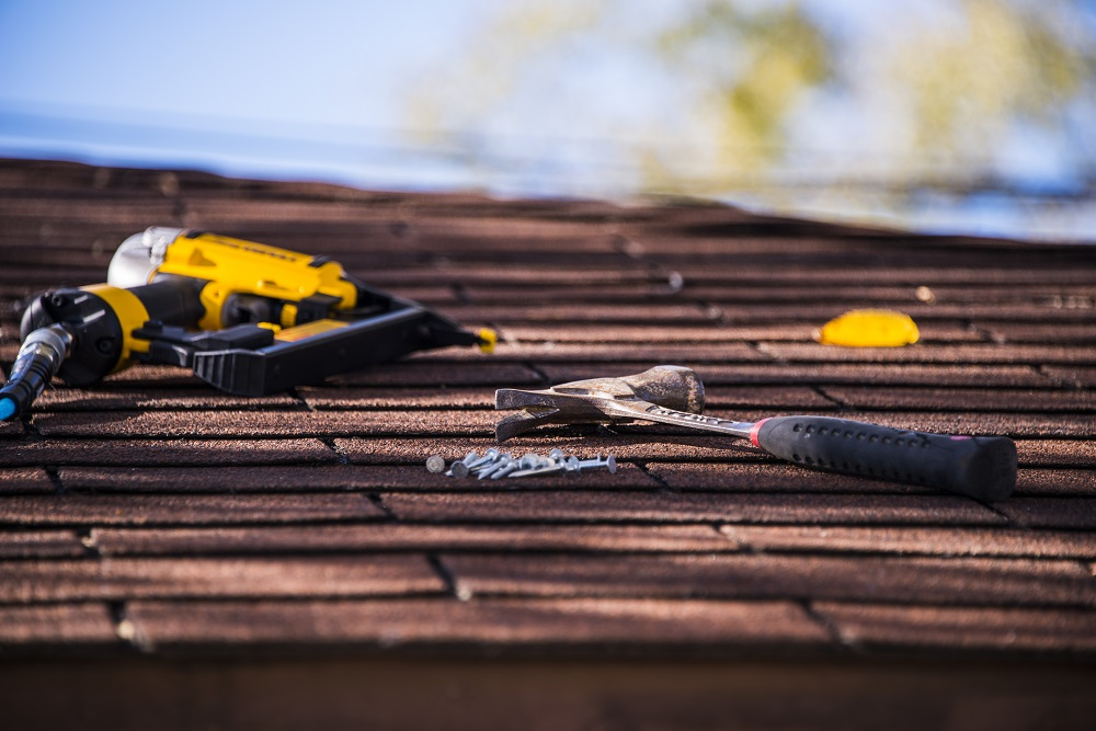 Should You Replace Your Roof to Sell Your Home